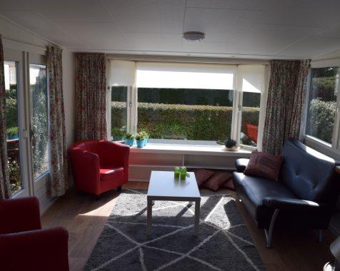 Prachtig chalet 1 slaapkamer op mooie zonnige plaats kunststof buitenzijde op chaletpark the hap in voorthuizen (15)