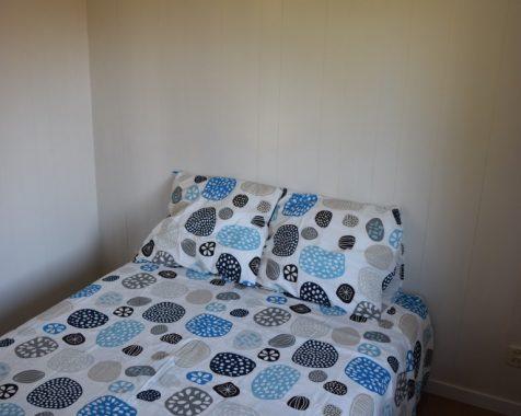 Prachtig chalet 1 slaapkamer op mooie zonnige plaats kunststof buitenzijde op chaletpark the hap in voorthuizen (6)