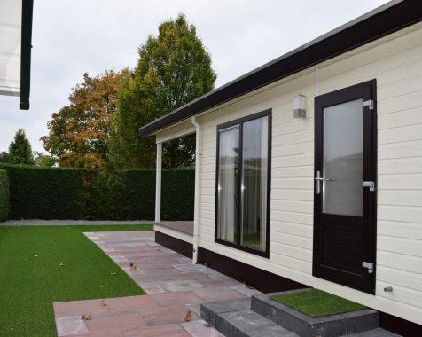 Dubbel chalet 50 vierkante meter met onderhoudsarme tuin en eigen parkeerplaats (19)
