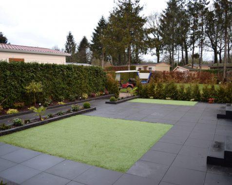 chalet 950×370 zo voor het instappen met prachtige zonnige en onderhoudsvrije tuin op chaletpark THE HAP in Voorthuizen. (7)