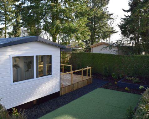 Prachtig nieuw chalet, compleet gemeubileerd in groene omgeving met onderhoudsarme tuin te zien op Chaletpark THE HAP in Voorthuizen (1)