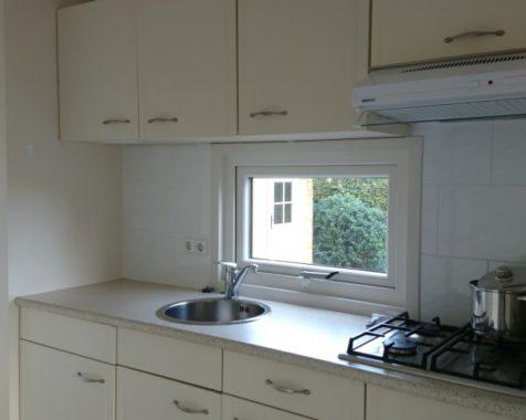 Prachtige chalet met 2 slaapkamers instapklaar met onderhoudsarme uit op rustig 45plus park in Voorthuizen (49)